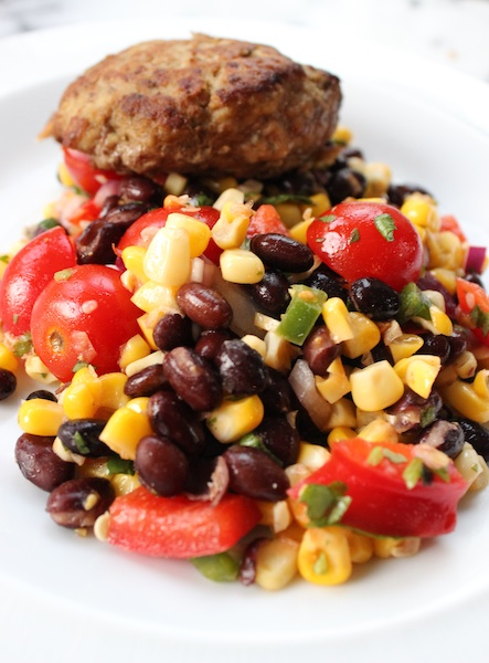 Healthy Corn and Black Bean Salad with Cumin-Lime Vinaigrette is versatile and easy to make. A healthy dish that lasts in your fridge for a good five days. |www.tastyoasis.net