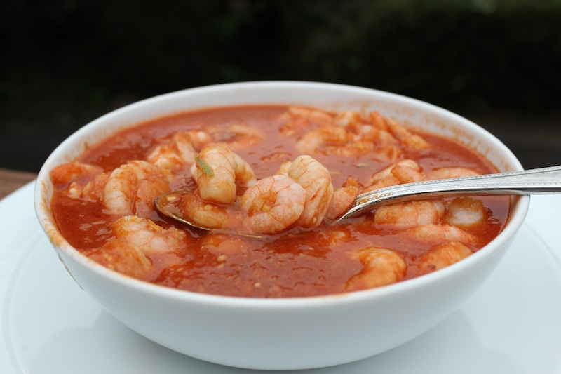 A big bowl of Sweet and Spicy Chili Shrimp| www.tastyoasis.net