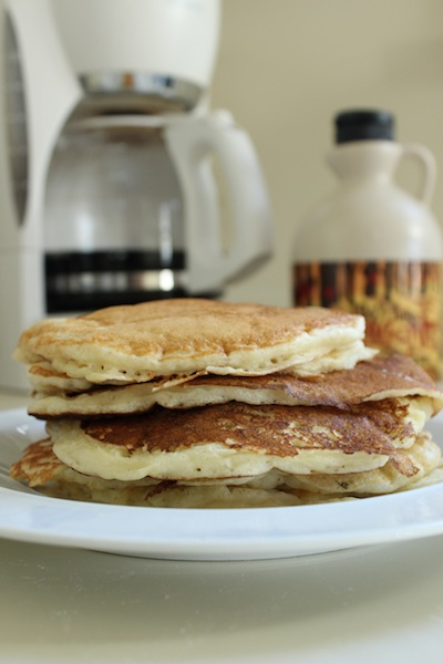 Martha Stewart's Buttermilk Pancakes are fluffy, flavorful, and so easy that a 7 year old can make them. | www.tastyoasis.net