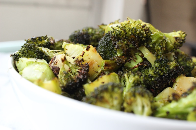 Roasting broccoli transforms the ordinary into something crispy, salty, sweet and utterly addictive. The caramelized crunch that comes from cooking at a high heat makes this quick and easy dish the perfect snack or side for any meal, with minimal prep or clean up allowing you time to do other things. |www.tastyoasis.net